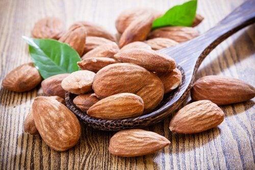 Migdalele sunt printre cele mai hrănitoare alimente bogate în vitamina E