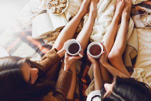 Cele mai bune ceaiuri pentru afecțiuni de zi cu zi