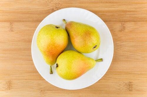 Măști faciale cu fructe ca perele