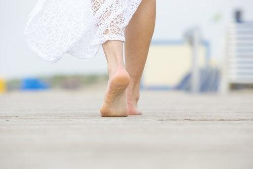 Mersul pe jos ajută la dezvoltarea forței mentale
