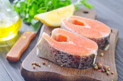 Peștele este unul dintre cele mai bune alimente bogate în calciu
