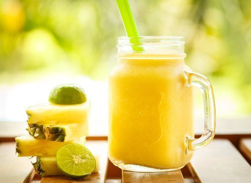 Smoothie natural pentru slăbit cu ananas