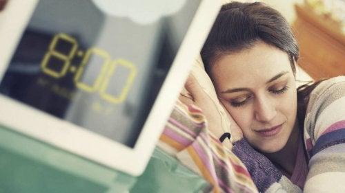 Somnul este unul dintre acele obiceiuri ce trebuie evitate după masă