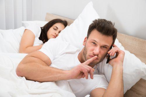 Dacă ți-ai înșelat partenerul, nu trebuie să îi ascunzi acest lucru