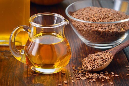 Uleiul de semințe de in este printre cele mai bune remedii pentru cancerul de colon