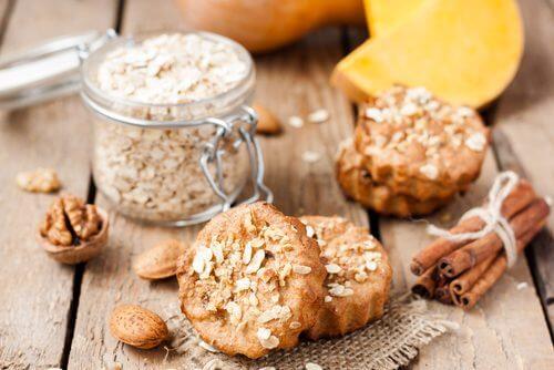 Inclus într-o dietă echilibrată, ovăzul scade colesterolul