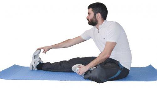Întinderile sunt recomandate ca exerciții fizice matinale