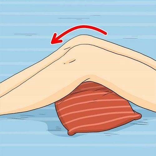 Cu ajutorul pernelor, poți preveni escarele de decubit