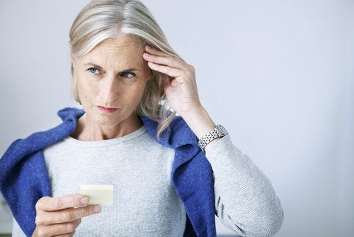 Problemele cu memoria pot fi simptome ale hipotiroidismului