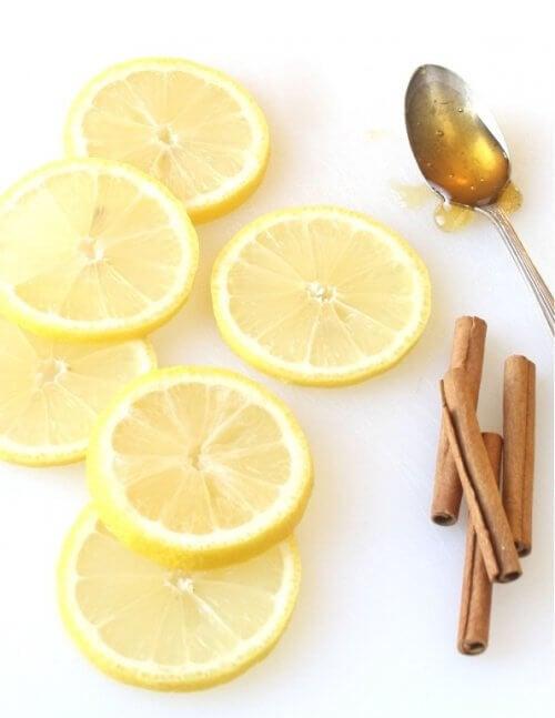 Remedii cu scorțișoară și lămâie ce țin la distanță gripa
