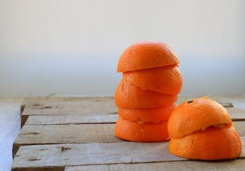 Remedii naturiste care elimină tartrul cu portocală