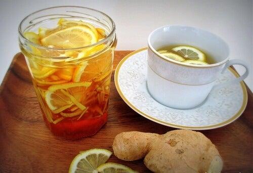 Băuturi naturale pentru slăbit cu lămâie și ghimbir