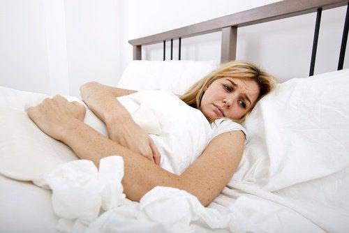 Probleme cu glanda tiroidă ce pot da dureri