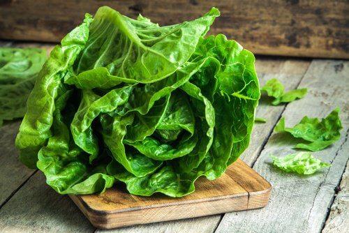 Remedii care relaxează sistemul nervos cu salată
