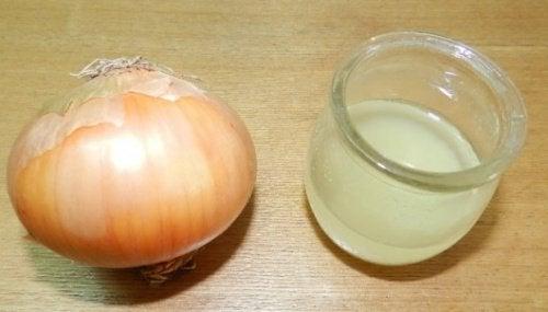 Remedii împotriva sângerărilor nazale cu ingrediente ca ceapa