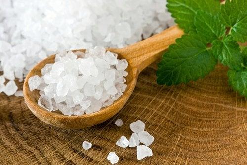 Remedii pentru curățarea colonului cu sare