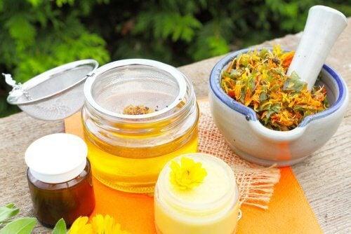 Remedii pentru tensiunea musculară cu ulei de arnică