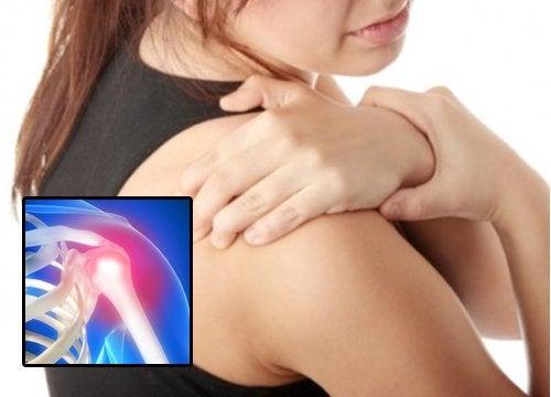 Tendinita umărului provoacă dureri