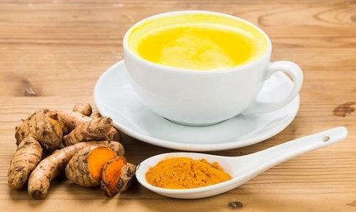Ceai picant pentru activarea metabolismului din curcuma