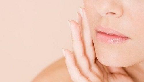 Îngrijirea pielii cu albușuri de ou pentru micșorarea porilor