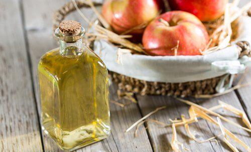 Oțet de mere în măști exfoliante cu bicarbonat de sodiu