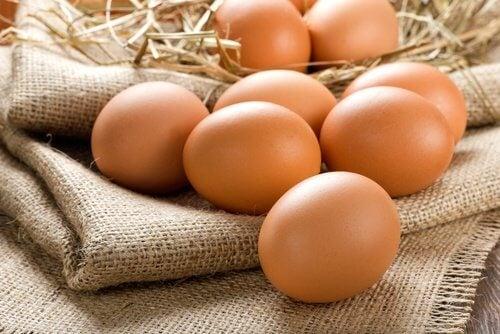 Ouăle ca alimente pentru tratarea degenerescenței maculare
