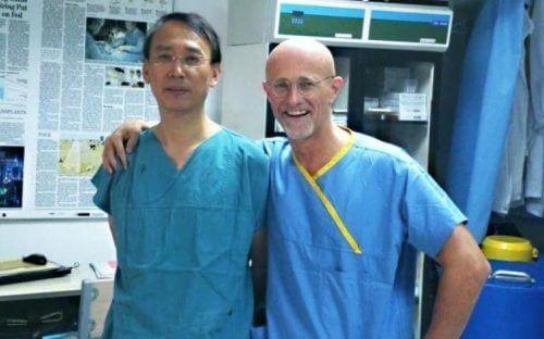 Primul transplant de cap din lume la un spital din China