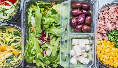 Servește o salată gustoasă și sănătoasă în fiecare zi