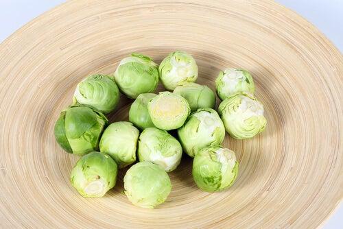 Varza de Bruxelles pe lista celor mai bune legume bogate în proteine