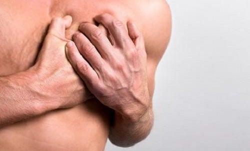 Cauze frecvente ale durerilor în piept ce trebuie să ne îngrijoreze