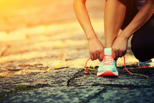 Exerciții fizice ce tratează simptome ale steatozei hepatice