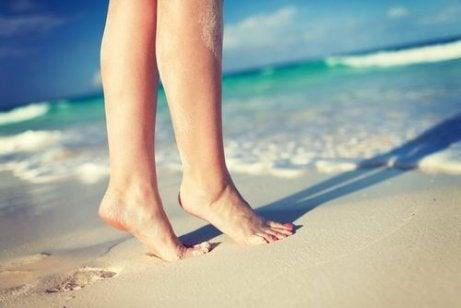 bruisies pe picioare din cauza varicelor după funcționarea venelor varicoase formate o ciocnire