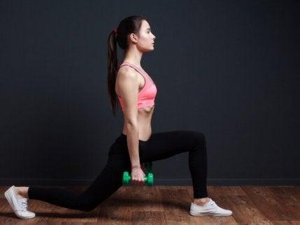 Fandări pentru definirea și tonificarea musculaturii picioarelor