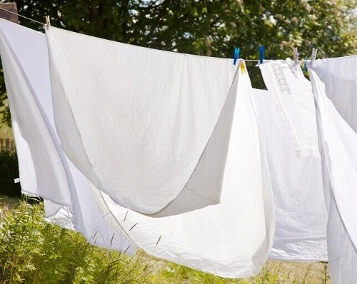 Lenjeria de pat spălată pentru a avea un dormitor mai sănătos