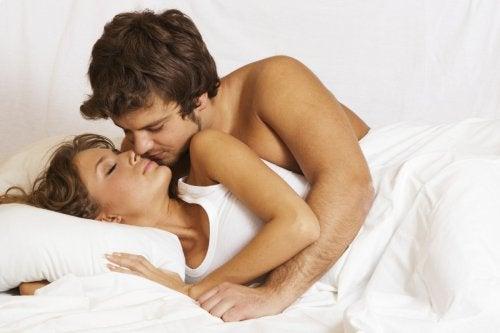 Lingura pe lista de poziții sexuale care garantează plăcerea