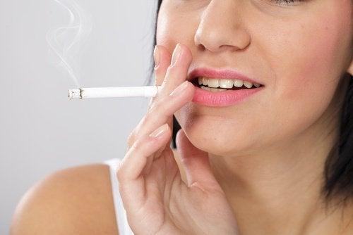 Mituri periculoase despre tutun foarte populare