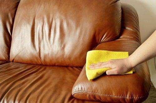 Moduri de a utiliza Wick VapoRub în gospodărie