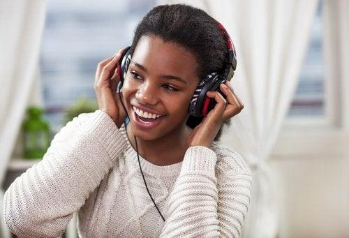 Muzica inclusă în exerciții simple pentru îmbunătățirea memoriei