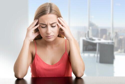 Oboseala printre simptome ale steatozei hepatice