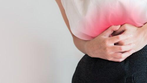 Nevoia de remedii naturale pentru probleme menstruale precum crampele severe