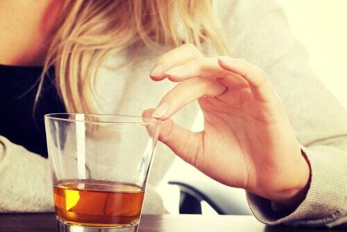 Simptome ale steatozei hepatice provocate de consumul de alcool