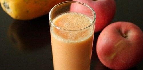 Băuturi detoxifiante pentru slăbit cu mere