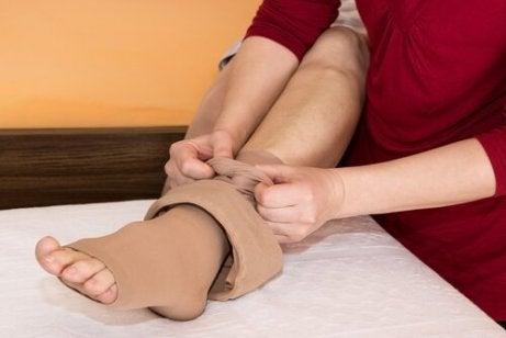cauzele retenției de apă la glezne și picioare
