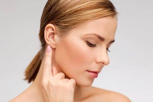 Cauzele țiuitului în urechi provocat de alimentație