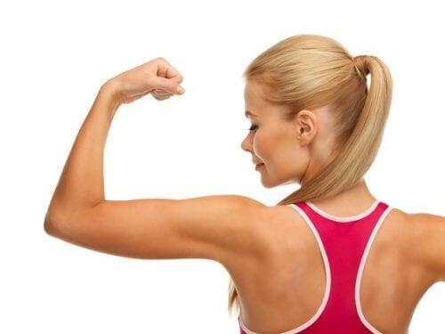 6 exerciții fizice pentru tonifierea brațelor