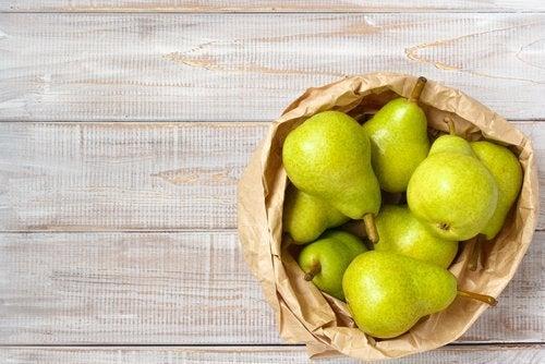Fructe pentru a prepara smoothie pentru slăbit cu pere
