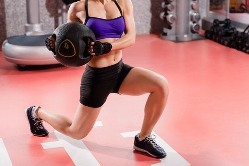 Mișcarea pe lista de obiceiuri pentru creșterea masei musculare