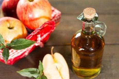 varicoza este tratată cu oțet de mere)