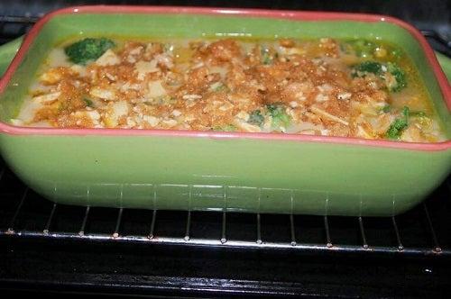 Rețete delicioase cu broccoli și crevete la cuptor