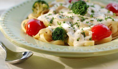 Rețete delicioase cu broccoli și paste